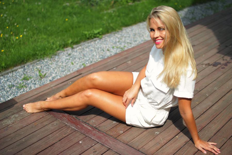 tine helene valle nude naken norske jenter