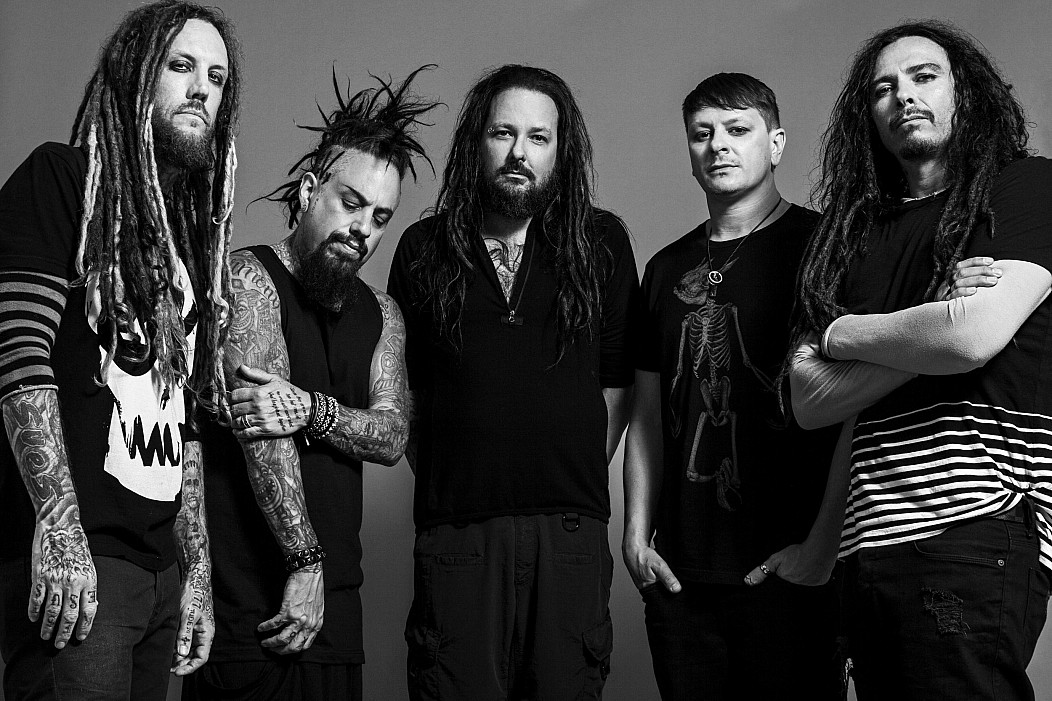 Assoziale Coming Undone esus Follow The Leader Issues > All Jonathan Davis Korn KoЯn nostalgie Nu Metal schwarz-weiß