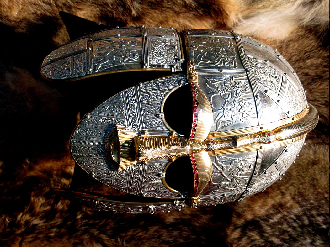 Helm Iron Man Rüstung Sutton Hoo TRIGGERED